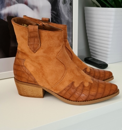 Boots Western Style cognac